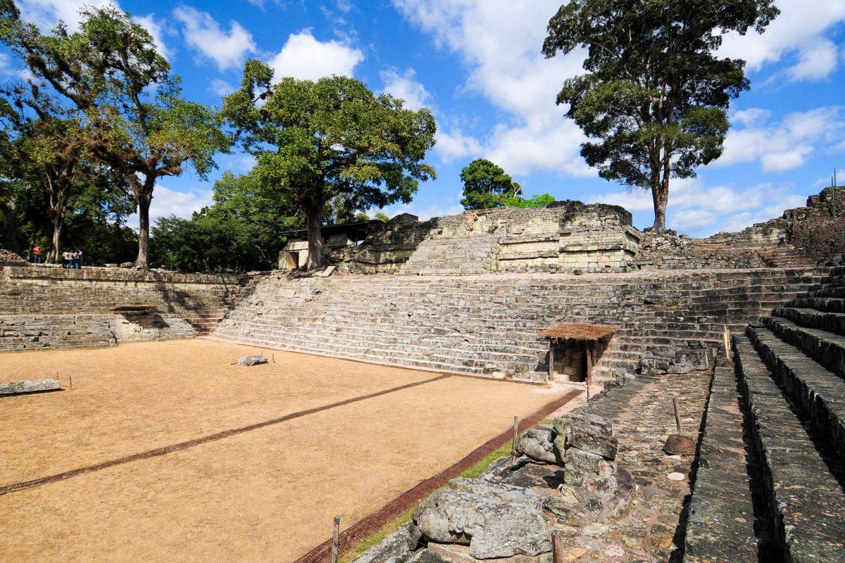 Copán war gemeinsam mit Tikal im heutigen Guatemala und Palenque in Mexiko eine der bedeutendsten Städte der Maya-Periode, Honduras - © VojtechVlk / Shutterstock
