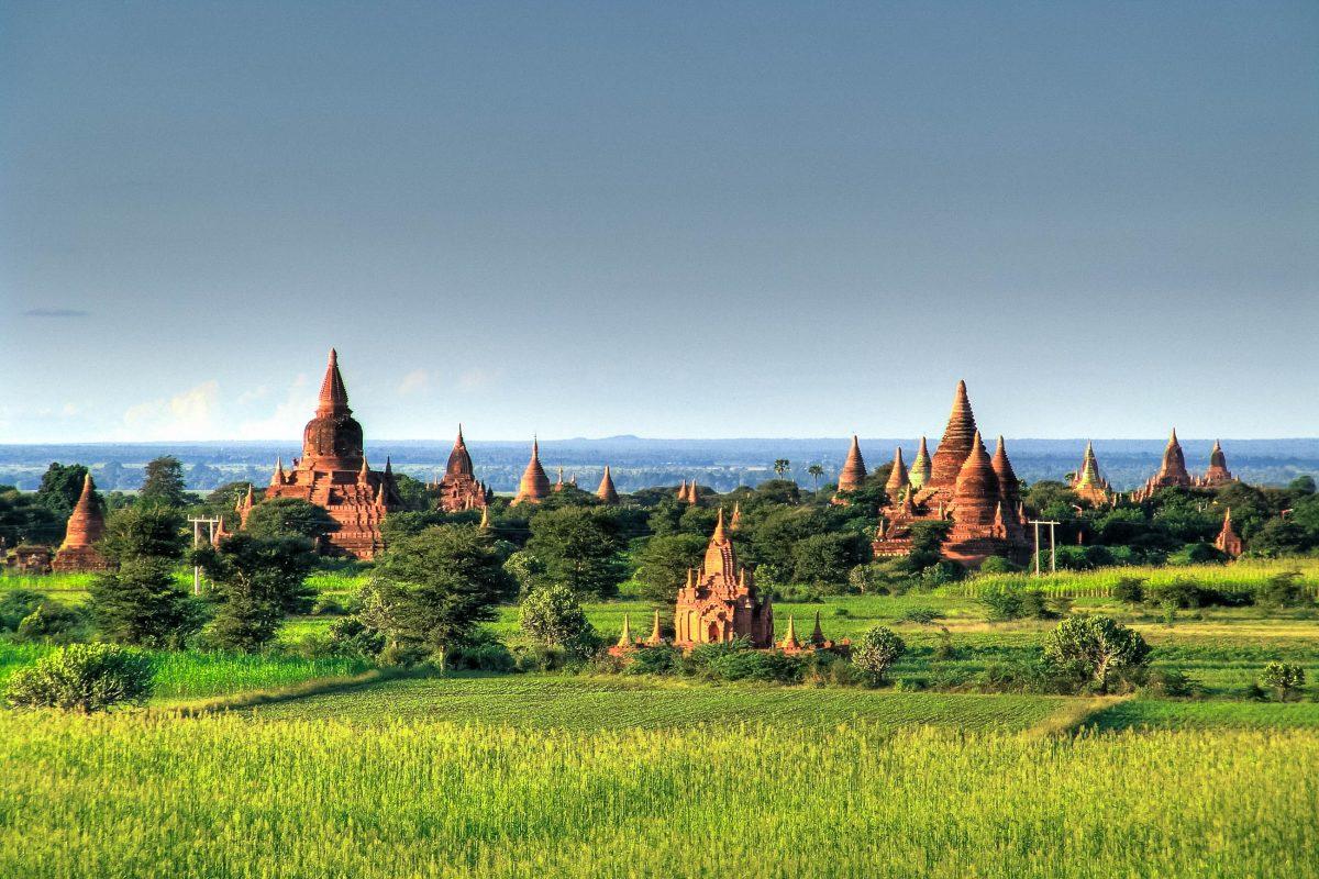 Bilder Tempelstadt Bagan, Myanmar  Franks Travelbox-2316