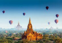 Ein Ballon-Festival über der heiligen Tempelstadt Bagan in Myanmar - © Bule Sky Studio / Shutterstock