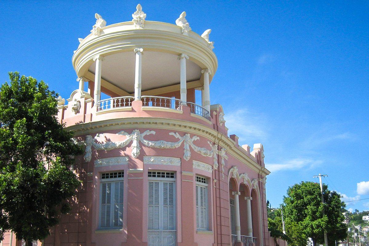 Das Museum für puerto-ricanische Architektur in Ponce befindet sich in der 100-Jahre alten, schmucken Villa Casa Wiechers-Villaronga in Puerto Rico - © Oquendo CC BY2.0/Wiki
