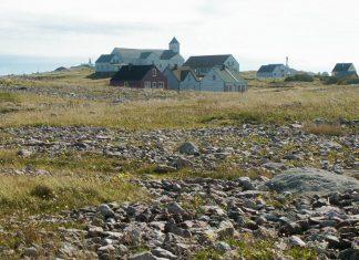 Die Siedlung auf der Île aux Marins in Saint Pierre und Miquelon ist seit 1965 verlassen, wurde jedoch restauriert - © friend from SPM CC BY-SA3.0/W