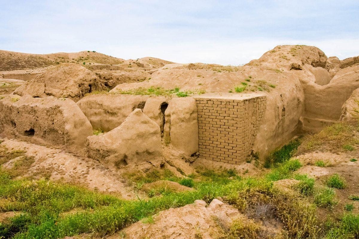 Die heutige Ruinenstadt Nisa in Turkmenistan entstand ab dem dritten Jahrhundert vor Christus als erste Hauptstadt des Partherreiches - © cartela / Shutterstock