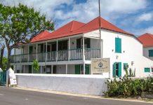 Das Nationalmuseum der Turks- und Caicos-Inseln zeigt hauptsächlich Fundstücke aus dem Molasses-Riff-Wrack - © TampAGS CC BY-SA3.0/Wiki