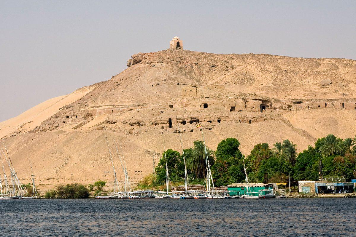 Die Insel Elephantine im Nil in der Nähe von Assuan gilt aufgrund seiner außerordentlich gut erhaltenen Bauten aus der Zeit der Pharaonen als archäologisches Juwel, Ägypten - © fadamson / Fotolia