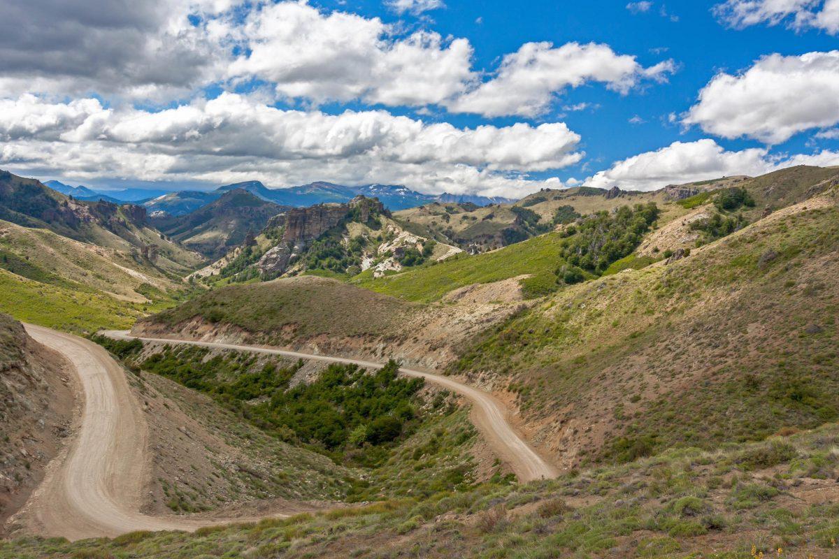 Der Lanin Nationalpark ist das ganze Jahr über geöffnet, die beste Reisezeit für den Süden Argentiniens ist von Dezember bis Februar - © Hakat / Shutterstock