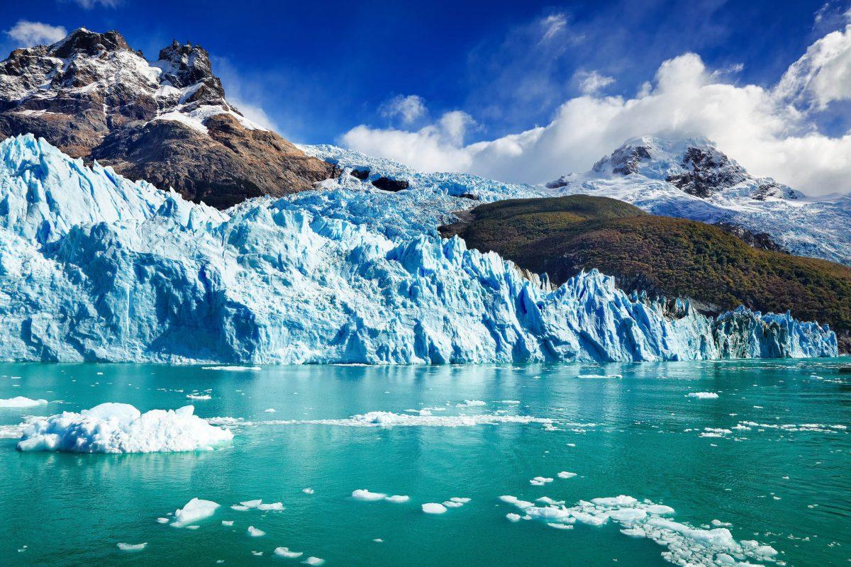 Der Spegazzini-Gletscher zählte zu den bekanntesten Gletschern des Los Glaciares Nationalpark in Argentinien und mündet direkt in den Argentino-See - © Pichugin Dmitry / Shutterstock