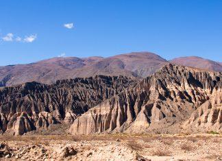 Die 150 km lange Gebirgsschlucht Quebrada de Humahuaca liegt in der Provinz Jujuy im Nordwesten von Argentinien  - © NICOLAS LARENTO / Fotolia