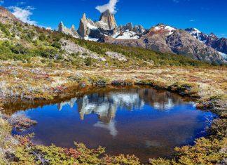 Die zerklüfteten Spitzen des Mount Fitz Roy im Los Glaciares Nationalpark in Argentinien - © Pichugin Dmitry / Shutterstock