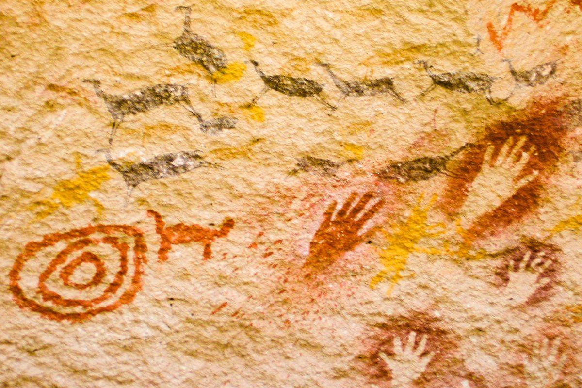 "Felsmalereien in der Cueva de las Manos, der ""Höhle der Hände"", Argentinien - © mauriciogallego / Fotolia"