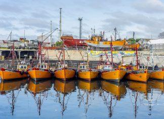"""Bereits 1890 war die """"Silberstadt"""" Mar del Plata für Strandurlaub in Argentinien DER In-Ferienort - © Anibal Trejo / Shutterstock"""