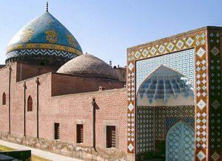 Die Blaue Moschee in Jerewan ist die einzige Moschee in Armenien, die bis heute erhalten geblieben ist - © Simon Hooks CC BY-SA3.0/Wiki