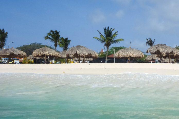 Arubas Strände versprechen Karibik-Feeling vom Allerfeinsten - © Lila Pharao / franks-travelbox