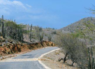 Der Arikok Nationalpark liegt im Südosten der karibischen Insel Aruba und nimmt 18 der Gesamtfläche von Aruba ein - © James Camel / franks-travelbox