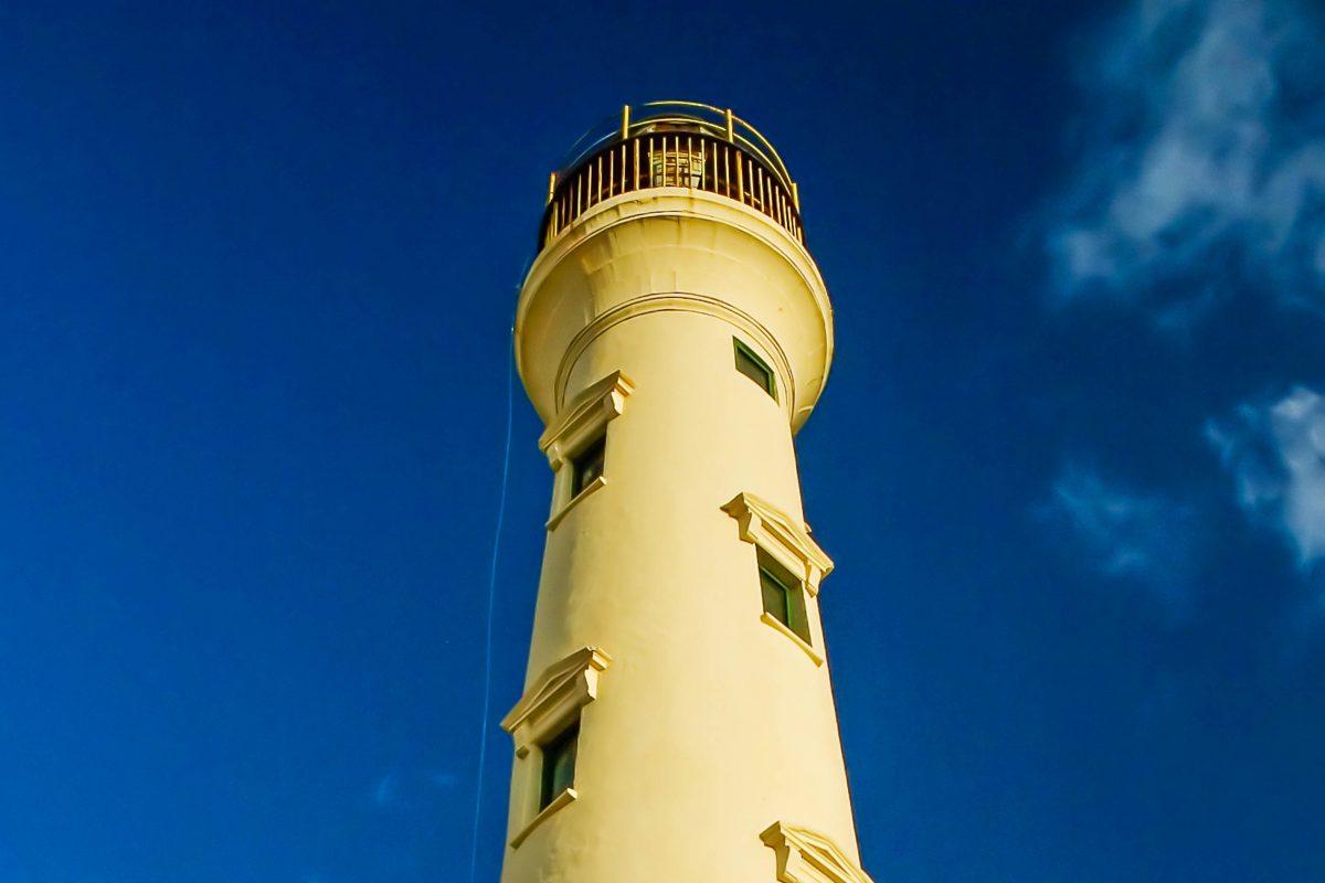 Der steinerne California Leuchtturm auf der karibischen Insel Aruba - © Zina Seletskaya / Fotolia