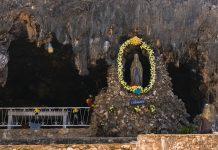 Die Lourdes Grotte auf Aruba ist benannt nach dem berühmten Wallfahrtsort in Frankreich - © James Camel / franks-travelbox