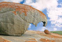 """Die """"Remarkable Rocks"""" sind kunstvoll von der Natur geformte Felsen, in denen sich mit Fantasie die skurrilsten Dinge erkennen lassen, Kangaroo Island, Australien - © sbgoodwin / Fotolia"""