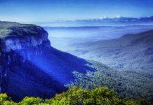 In den Blue Mountains von Australien liegt das spektakuläre Höhlensystem der Jenolan Caves - © Boating / Fotolia