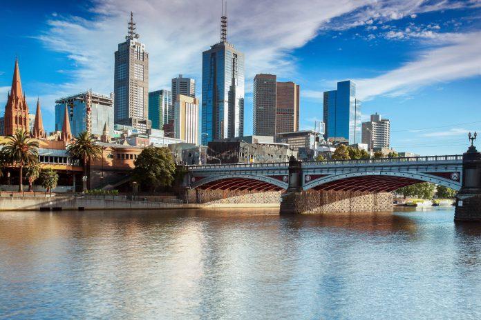 Melbourne an der wunderschönen Südküste Australiens gehört zu den schönsten Städten der Welt - © Gordon Bell / Shutterstock