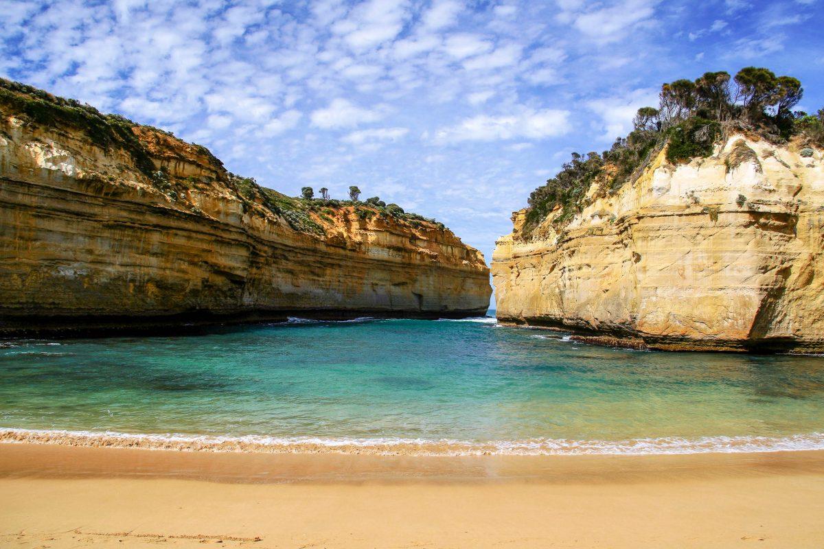 Neben schauen und staunen kann man entlang der Great Ocean Road baden, radfahren, fischen und campen, Australien - © ezk / franks-travelbox