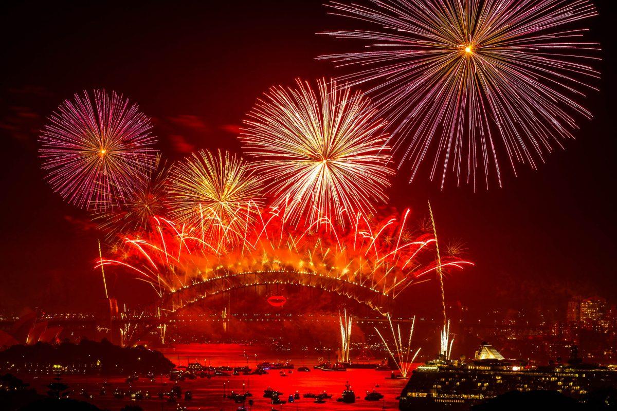 Für viele ist das Silvesterfeuerwerk von Sydney der eindrucksvollste Start ins neue Jahr, den man sich nur vorstellen kann, Australien - © Aaron Huang / Shutterstock