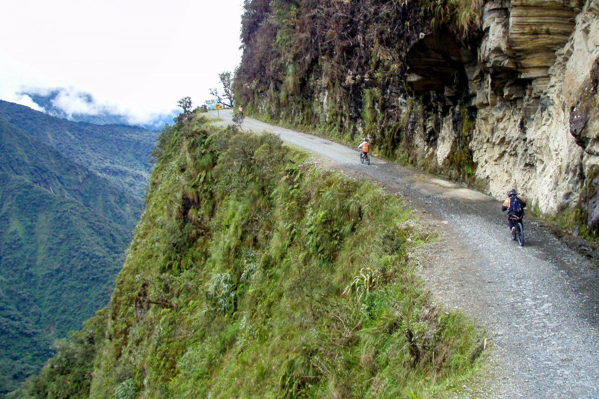 Am 24. Juli 1983 geschah auf der Camino del Muerto der mit rund 100 Todesopfern schlimmste Verkehrsunfall Boliviens - © marktucan / Shutterstock