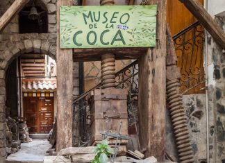 Im Koka-Museum in La Paz, Bolivien, erfahren Besucher alles, was es über die berühmt-berüchtigte Koka-Pflanze zu wissen gibt  - © saiko3p / Shutterstock