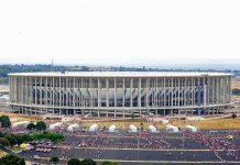 Das Estádio Nacional de Brasília in der brasilianischen Hauptstadt Brasilia ist eine Austragungsstätte der Fußball-WM 2014 - © Elza Fiúza/ABr CC BY-SA2.5/W