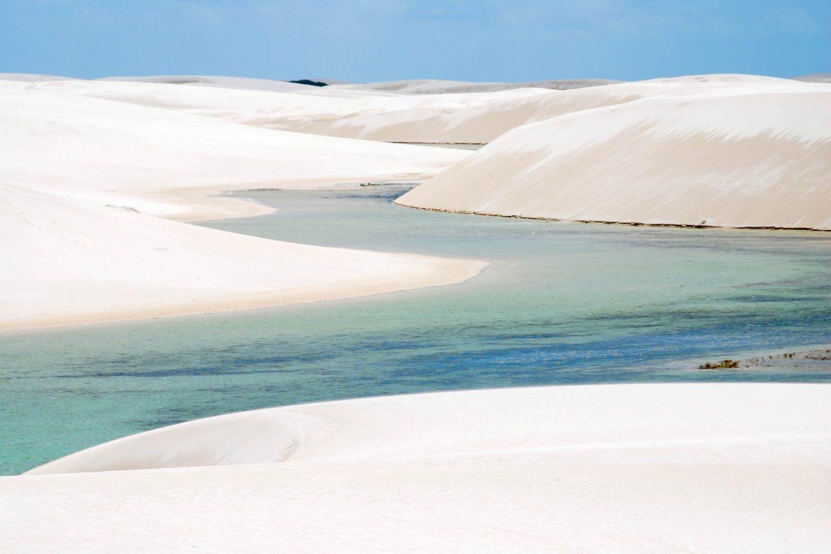 Der Lençóis Maranhenses Nationalpark, ein spektakuläres Ökosystem bestehend aus weißen Sand- und Wanderdünen, Brasilien - © Ariane Citron / Fotolia