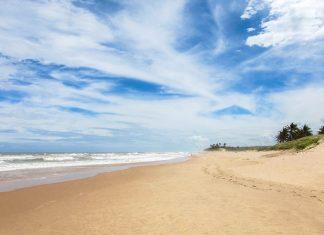 Die Linha Verde an der Ostküste von Brasilien führt Besucher entlang zahlreicher Traumstrände von einem idyllischen Fischerdorf zum nächsten - © FRASHO / franks-travelbox