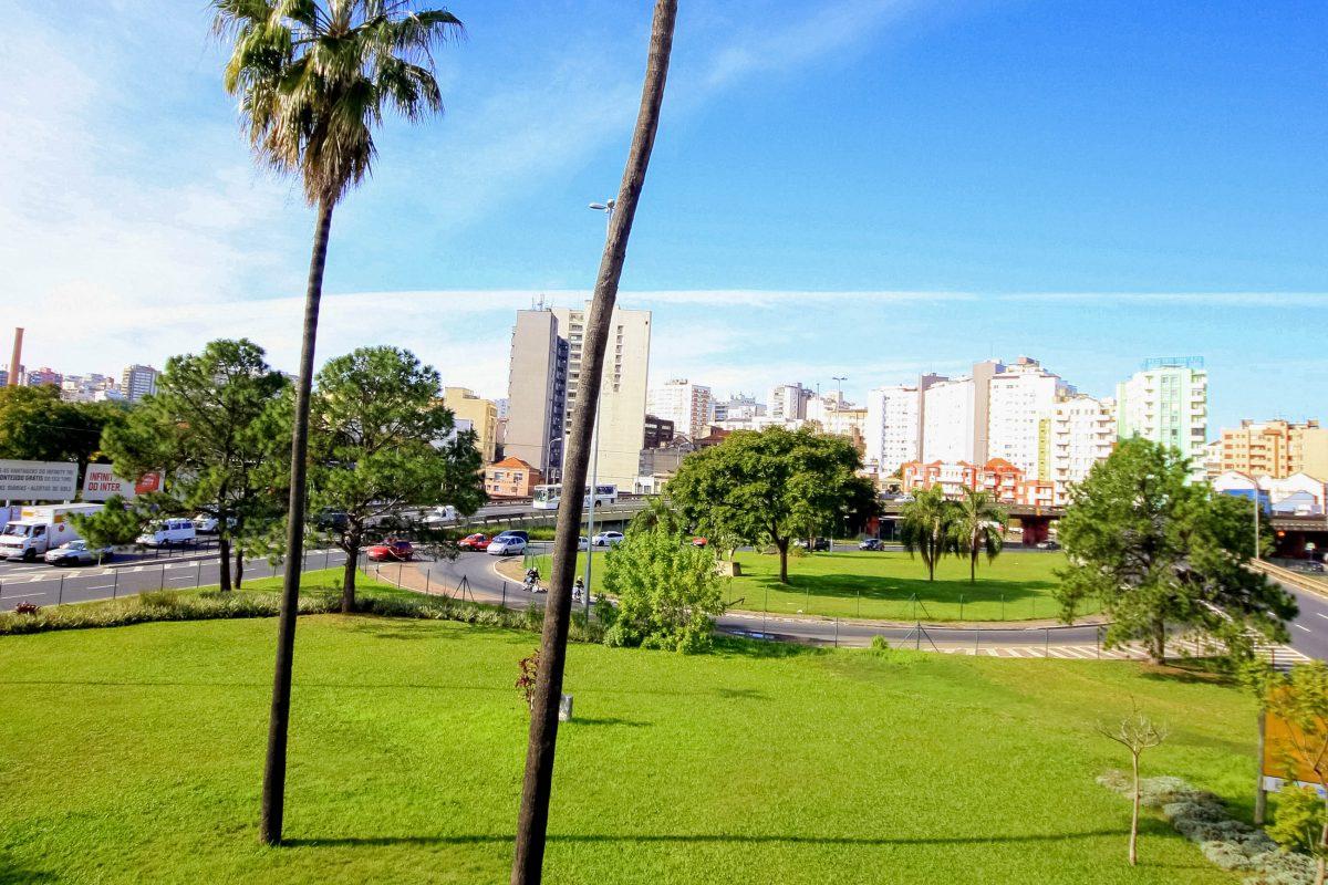 Der Farroupilha-Park ist der beliebteste Park von Porto Alegre, um sportlichen Aktivitäten nachzugehen, oder einfach die Seele baumeln zu lassen, Brasilien - © Kacmerka / Shutterstock