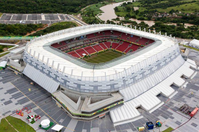 Die Itaipava Arena Pernambuco in der brasilianischen Stadt Recife ist eine Austragungsstätte der Fußball-WM 2014 - © Portal da Copa/ME CC BY3.0BR!W