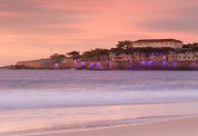 Das geschichtsträchtige Copacabana Fort am berühmten gleichnamigen Strand von Rio de Janeiro fungiert heute als Ausflugsziel und Museum, Brasilien - © f11photo / Shutterstock