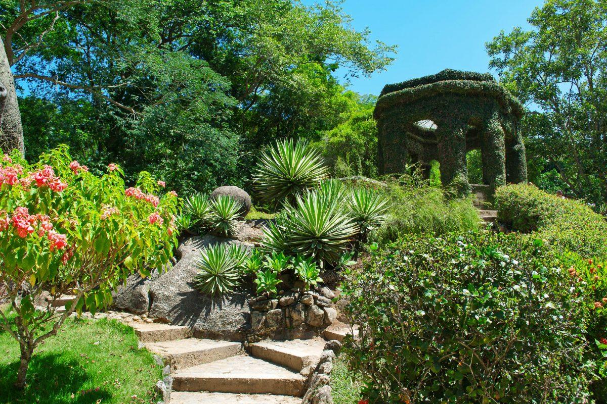 Der botanische Garten in Rio de Janeiro zählt zu den größten botanischen Gärten Südamerikas, Brasilien - © Catarina Belova / Shutterstock