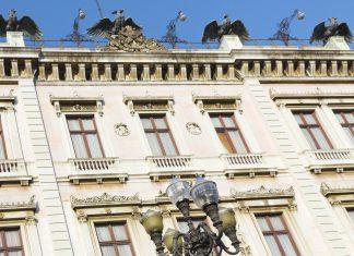 Der Palácio do Catete im Stadtteil Catete von Rio de Janeiro informiert als Museu da República über die turbulente Geschichte von Brasilien - © Su Justen / Shutterstock