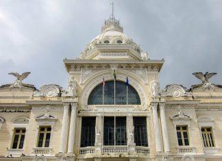 Der imposante Palácio Rio Branco in der Oberstadt von Salvador ist der Nachfolge-Bau des ersten Regierungsgebäudes Brasiliens  - © FRASHO / franks-travelbox