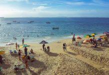Der Praia do Porto da Barra an der Allerheiligenbucht bei Salvador ist einer der wenigen Orte in Brasilien, an denen man die Sonne im Meer versinken sehen kann, Brasilien - © FRASHO / franks-travelbox