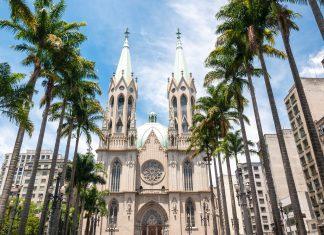 Die Catedral da Sé in Sao Paulo, Brasilien - © cifotart / Shutterstock