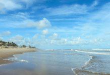 Dünen, Strand, Palmen und Meer formen beim Fischerort Sítío do Conde an der Linha Verde fantastische Urlaubsbedingungen, Brasilien - © FRASHO / franks-travelbox