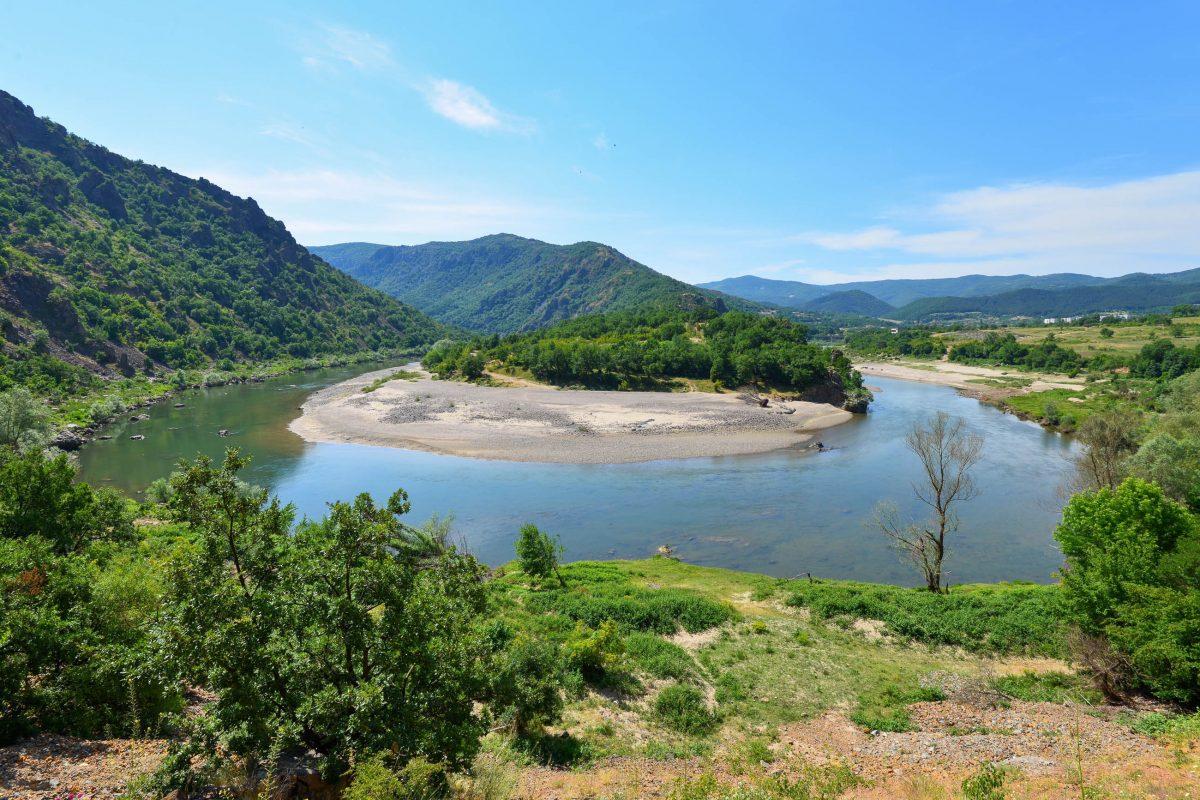 Das Vogelschutzgebiet bei Madzharovo ist nicht nur für Hobby-Ornithologen interessant, sondern auch landschaftlich eindrucksvoll, Bulgarien - © FRASHO / franks-travelbox
