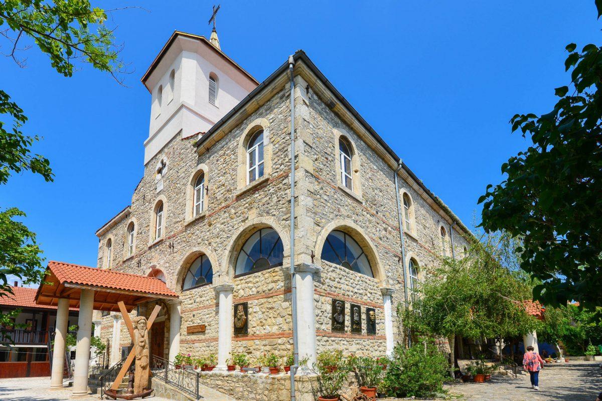 Die Kirche der Hl. Mutter Gottes in der historischen Altstadt von Nessebar ist nicht historisch, sondern wurde erst 1884 erbaut, Bulgarien - © FRASHO / franks-travelbox
