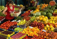 Der Frauenmarkt in Sofia ist die erste Adresse für Souvenirs, Obst und Gemüse und der beste Platz, den Alltag Bulgariens in seiner ursprünglichsten Form kennen zu lernen - © Ju1978/ Shutterstock