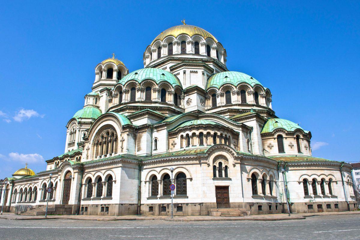 Die Alexander-Newski-Kathedrale ist Sitz des bulgarischen Patriarchen, des Oberhauptes der bulgarisch-orthodoxen Kirche, Sofia, Bulgarien - © Alain Finger / Fotolia