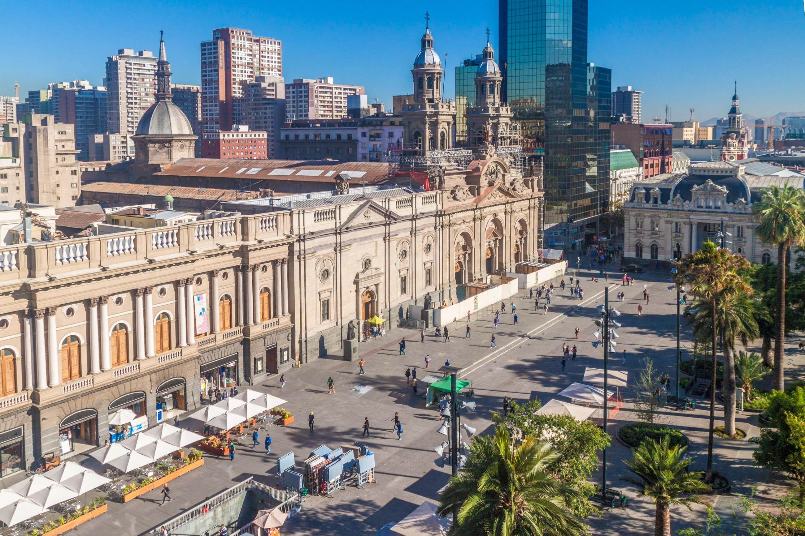 Plaza de armas in santiago de chile chile franks travelbox for Architektur chile