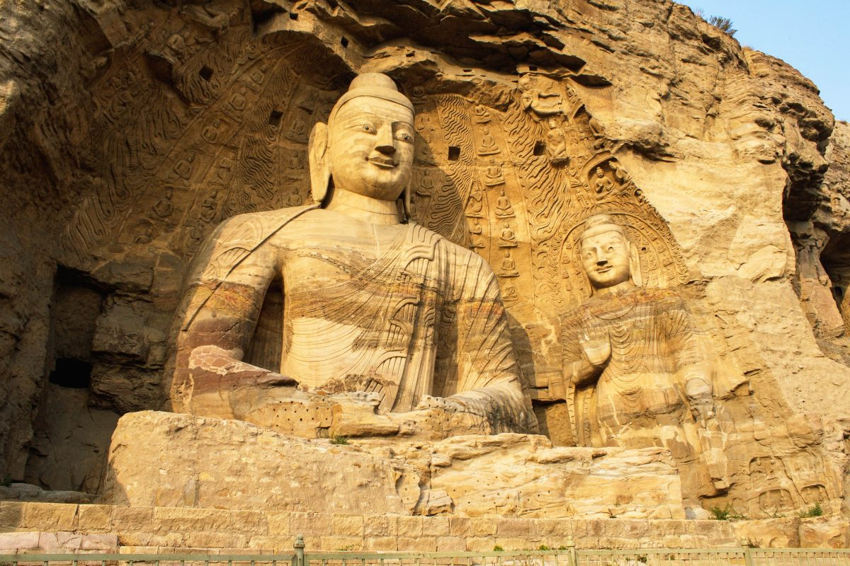 Die Yungang Grotten werden heute als das Zentrum der buddhistischen Kunst in Nordchina angesehen - © Oiotoshi / Fotolia