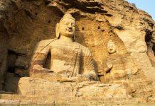 Die Yugang Grotten werden heute als das Zentrum der buddhistischen Kunst in Nordchina angesehen - © Oiotoshi / Fotolia