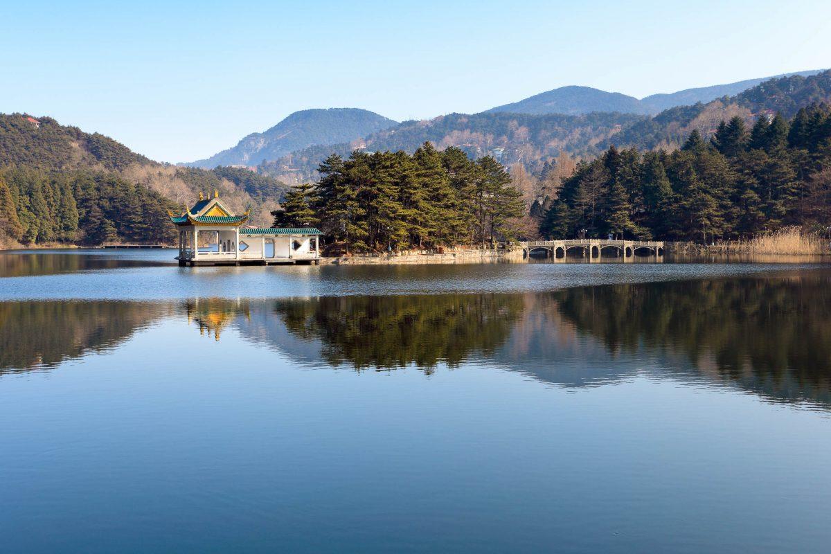 Ein See im berühmten Lu Shan Nationalpark in der Provinz Jiangxi im Südosten Chinas  - © chungking / Fotolia