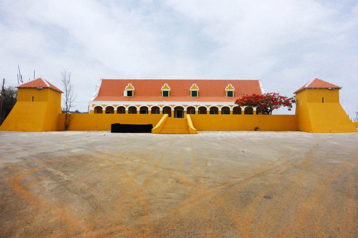 Das Landhaus Brievengat im Nordosten von Willemstad ist das wohl schönste und bekannteste Landhaus von Curaçao - © Lila Pharao / franks-travelbox
