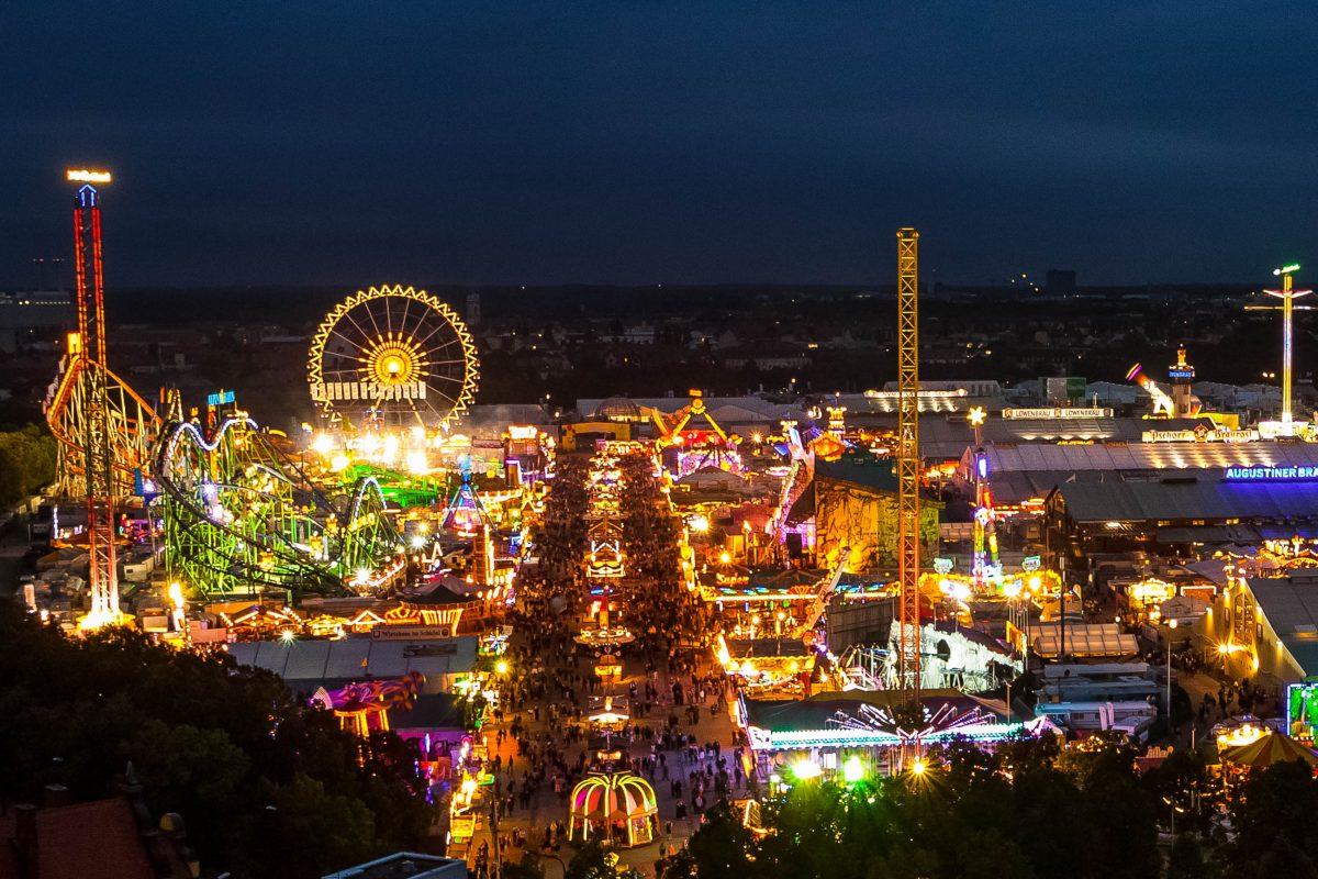 BILDER: Münchner Oktoberfest bei Nacht   Franks Travelbox