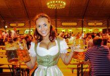 Eine Kellnerin in einem der Festzelte am Münchner Oktoberfest, Deutschland - © Mammut Vision / Fotolia