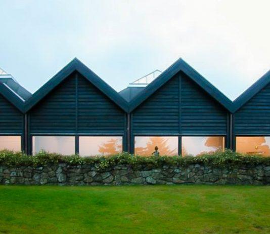 Das Kunstmuseum in Tórshavn  widmet sich der färöischen Kunst und wurde vom führenden Architekten der Färöer-Inseln entworfen - © Erik Christensen CC BYSA3.0/Wiki